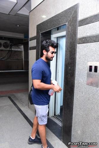Aadi-Sai-kumar-Snapped-At-Gym-In-Hyderabad-14