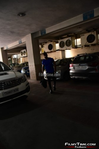 Kartikeya-snapped-at-Gym-in-Hyderabad-10