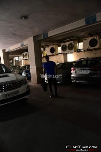 Kartikeya-snapped-at-Gym-in-Hyderabad-11