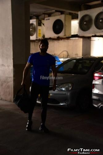 Kartikeya-snapped-at-Gym-in-Hyderabad-13