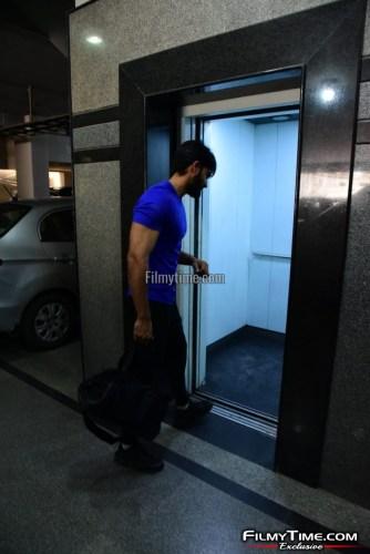 Kartikeya-snapped-at-Gym-in-Hyderabad-15