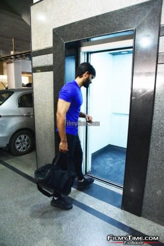 Kartikeya-snapped-at-Gym-in-Hyderabad-2