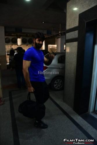 Kartikeya-snapped-at-Gym-in-Hyderabad-20