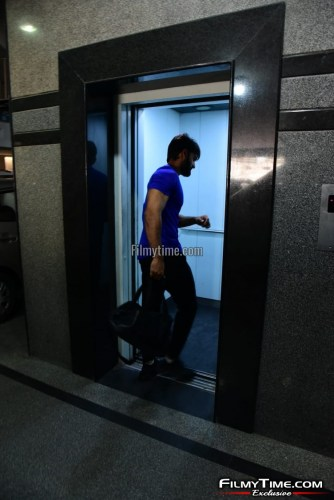 Kartikeya-snapped-at-Gym-in-Hyderabad-27