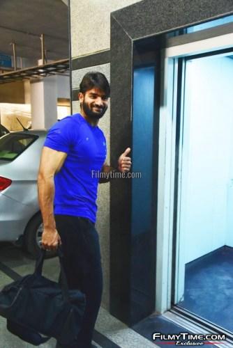 Kartikeya-snapped-at-Gym-in-Hyderabad-30