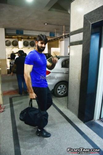 Kartikeya-snapped-at-Gym-in-Hyderabad-6