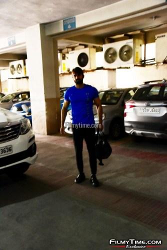 Kartikeya-snapped-at-Gym-in-Hyderabad-8