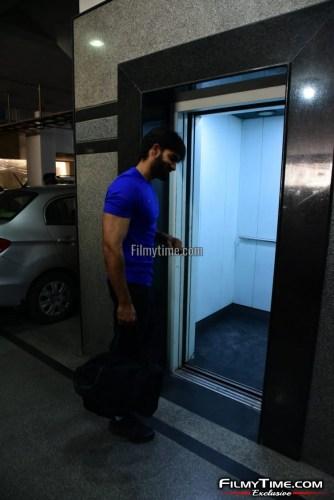 Kartikeya-snapped-at-Gym-in-Hyderabad-9