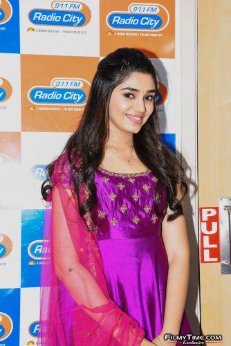 Krithi-Shetty-at-Radio-city-12