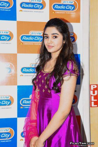 Krithi-Shetty-at-Radio-city-15