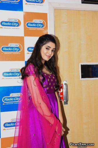 Krithi-Shetty-at-Radio-city-18