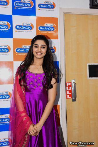 Krithi-Shetty-at-Radio-city-20