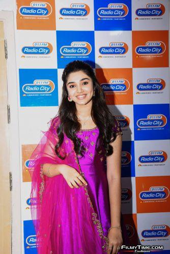 Krithi-Shetty-at-Radio-city-4