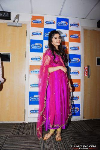 Krithi-Shetty-at-Radio-city-7