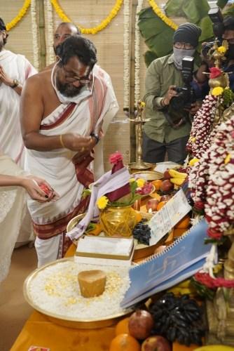 Samantha-Shakuntalam-Movie-Oppening-Photos-39