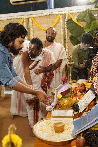 Samantha-Shakuntalam-Movie-Oppening-Photos-40